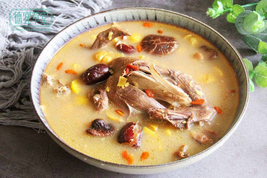 燕窝能和鸡汤一起喝吗
