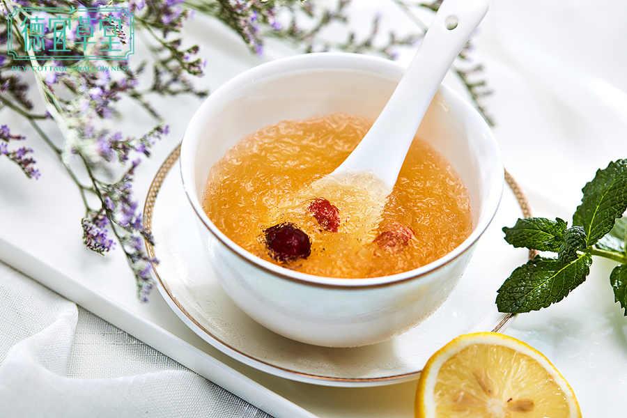 石蜂糖枸杞燕窝的做法
