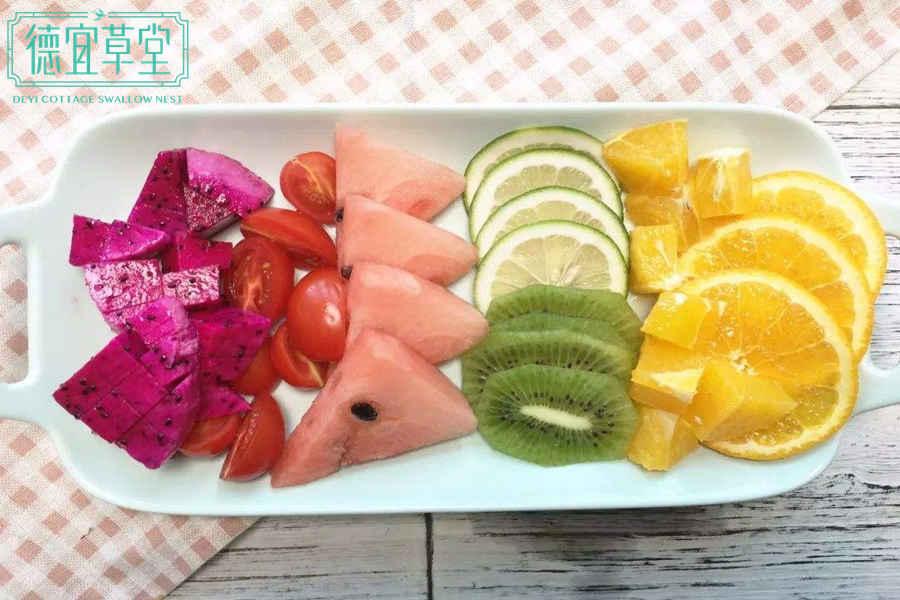 椰奶燕窝水果捞的做法