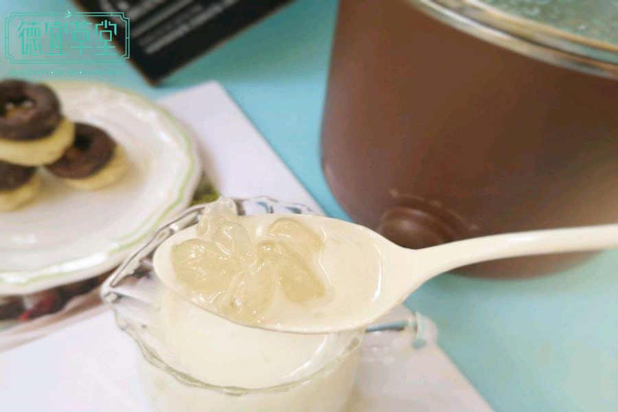 牛奶皂角米燕窝的功效